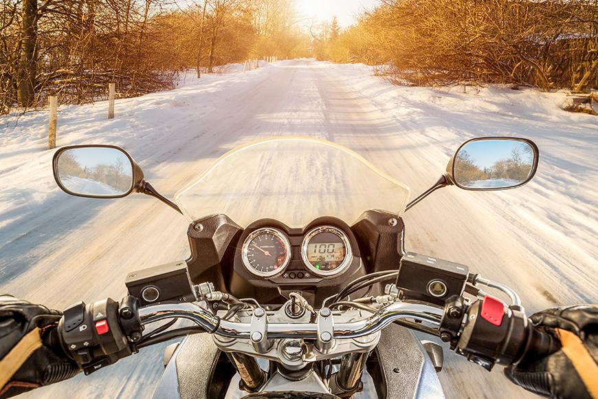 Moto en hiver, comment s'équiper ?